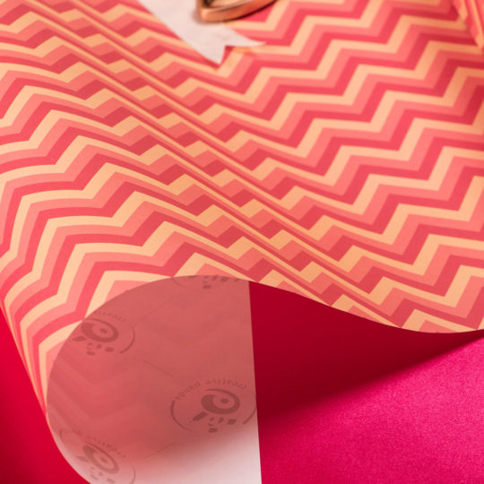 Giftwrap-pink-stripes-2